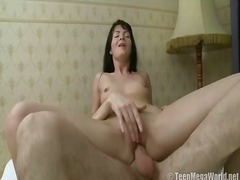 Porno: Naakt, Meisje, Likken, Realistisch