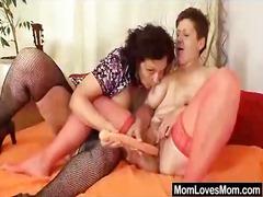 Porno: Me Përvojë, Mamatë, Lezbiket, Me Përvojë