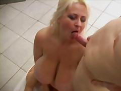 Porno: Threesome, Me Përvojë, Cicëmadhet, Cicëmadhet