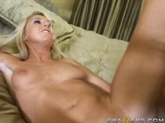 Porno: Teenager, Nederdel