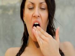 ポルノ: 裸, パンティ, ヌード, 現実味