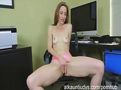 Porn: मिल्फ़, नौजवान मर्द संग, पत्नी, मां