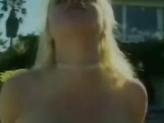 Porno: Ağır Sikişmə, Çöldə, Döşlər