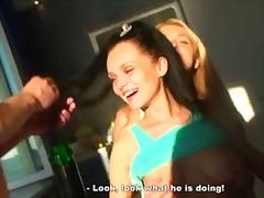 Порно: Лесбійки, Брюнетки, Втрьох, Блондинки