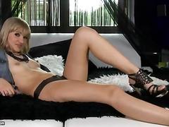 Porno: Cica Të Vogla, Cicëmadhet, Anale, Duke Pozuar