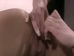 Porno: Lezbi, Döşlər, Alt Paltarı