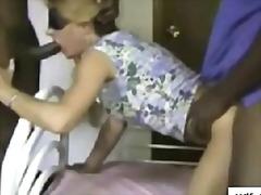 Porno: Starprasu, Melnādainie, Sievas, Baltie