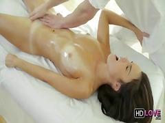 Porno: Pidh, Cicëmadhet, Në Gojë, Bythëmadhet