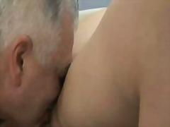 Porno: Giovani, Baci, Matura