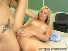პორნო: მასწავლებელი, სექსაობა