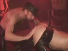 Porn: Սեքս Երեքով, Լատեքս, Շան Նման, Ֆետիշ