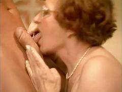 Porno: Vecmāmiņas, Smagais Porno, Spalvainās