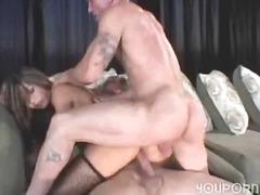 Porn: गहरी चुदाई, आकर्षक महिला