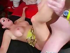 Porno: Qrup, Darmadağın, Üstünə Qurtarmaq, Qrup