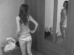 Lucah: Remaja, Cantik, Seluar Dalam Perempuan, Awek
