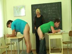 Porno: Skolotāja, Zēni, Mammas, Vīrieši/sievieti