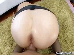 Porn: मिल्फ़, अधेड़ औरत, नंगी, अंदरुनी कपड़े