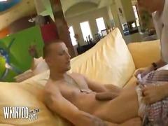 Porno: Milf, Cicëmadhet, Cica, Flokëkuqe