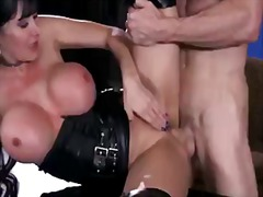 Порно: Цици, Големи Цици, Яко Ебане, Брюнетки