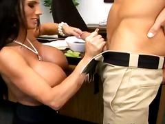 Porno: Schwanz, Arsch, Großer Arsch, Große Brüste