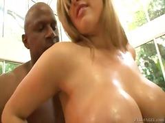 Porn: Joške, Velike Joške, Medrasni Seks, Blondinka