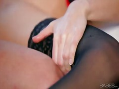 Kinky babe with superb body riley reid pleases hunk with amazing oral