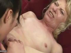 Porno: Mammas, Lesbietes, Pavedināšana, Lesbietes