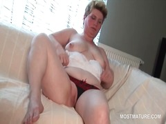 Porno: Küps, Vanaema, Emme, Milf