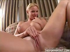 Porno: Pupper, Blond, Sexy Mødre (Milf), Onani