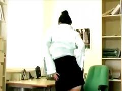 Porno: Hollopke, Bossët Dhe Sheficat, Sekretareshat, Në Zyre