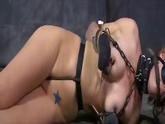 Porno: Ekstrēmie, Meitene, Pazemošana, Sasiešana