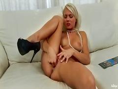 Porno: Belleses, En Solitari, Rosses