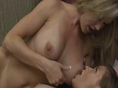 Porno: Verleid, Lesbisch, Rijp, Tiener