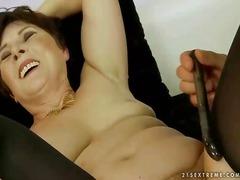 Porno: Sex Continuu, Penis Artificial, Puli, Bunicute
