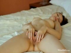 Porno: Amcıq, Yeniyetmə, Sürtüşdürmək, Masturbasya