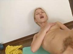 Porn: Punca, Blondinka, Masturbacija, Kosmata Muca