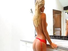 Pornići: Zadirkivanje, Veliko Dupe, Guza, Plavuša