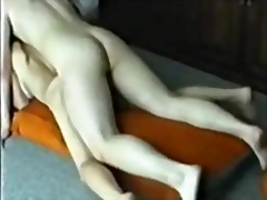 Porno: Divanda, Yeniyetmə, Evdə Çəkilmiş