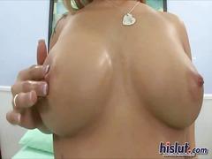 Porn: Pička, Drgnjenje Ob Joške, Nogavice, Blondinka