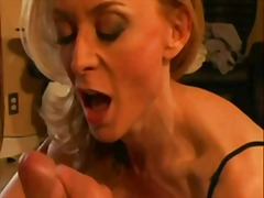 Porno: Blondiner, Mødre, Modne