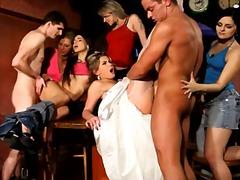 Porno: Vīrieši, Apģērbtie, Kailais Onānisms, Grupas