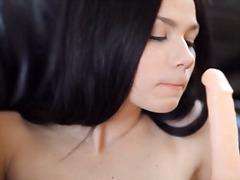 Porno: Masturbasya, Gözəl Qız, Oyuncaq, Yeniyetmə