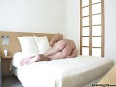 Porno: Böyük Döşlər, Döşlər, Kürən