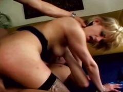 Porno: Jāšana, Blondīnes, Drāziens, Sunīšu Stils