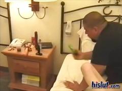 Porno: Tetitas Pequeñas, Castañas, Tetas, Jóvenes