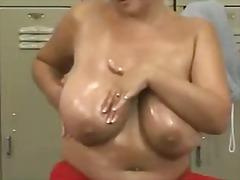 Porno: Țâțe, Singure, Fete, Penis Artificial