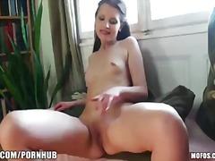 Porn: Մաստուրբացիա, Լայն Բացած, Թրաշած, Սևահեր
