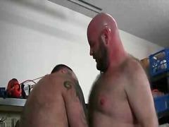 Porn: चुम्बन, बालों वाला आदमी, टैटू