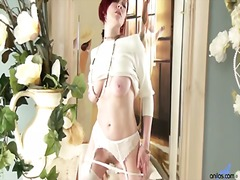 Porn: योनि, प्राकृतिक चूंचियां