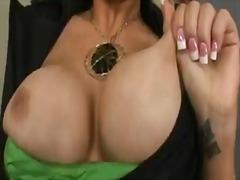 Porno: Döşlər, Böyük Döşlər, Amcıq, Yalamaq